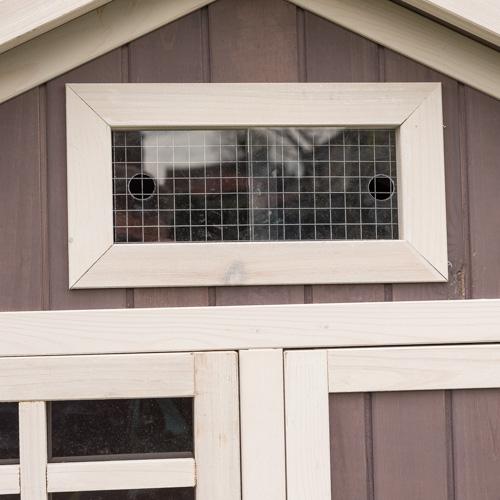 Konijnenhok Amalie ventilatie en deuren